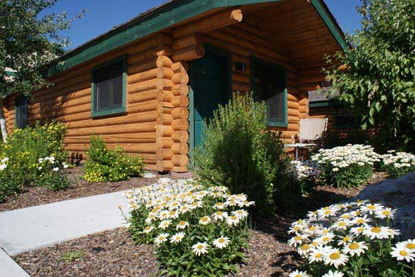 home accommodations alpine wyoming hotels